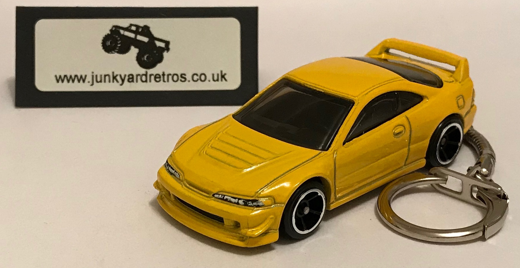 Honda Acura Integra Gsr 2001 Keyring Keychain 1 56 Scale Yellow Junk Yard Retros